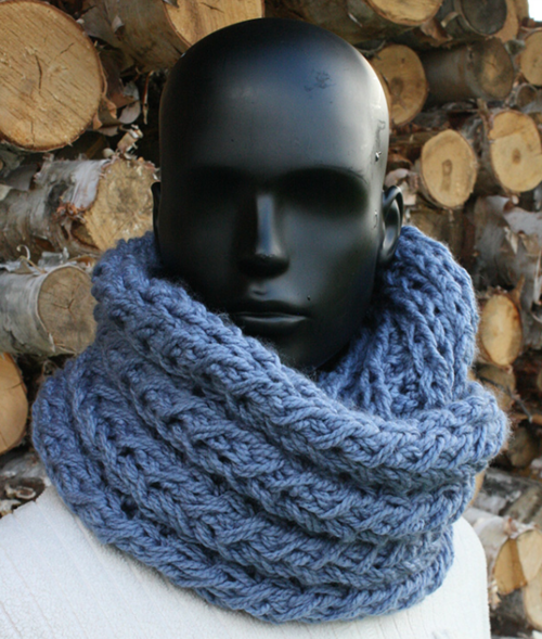 KNITTING  – Infinity Scarf